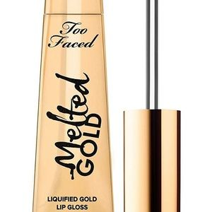 Lip gloss gold from too faced